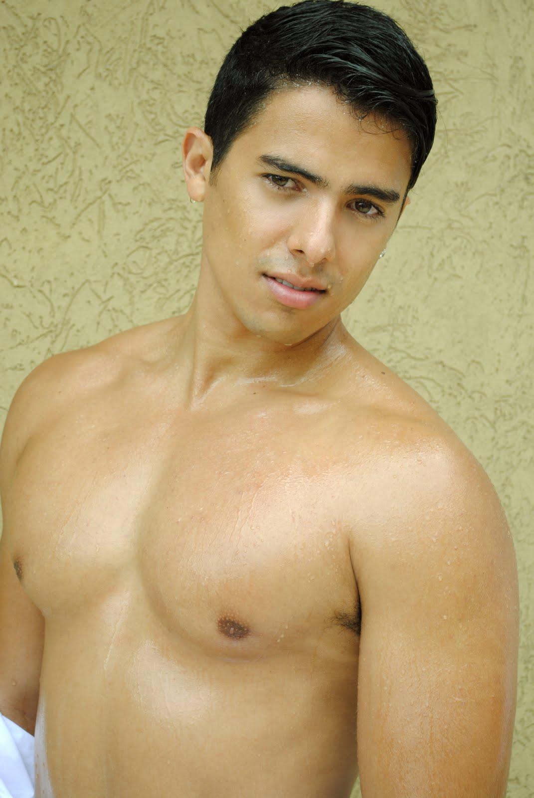 Diego Necessian Dos Anjos Elian Gallardo New Face
