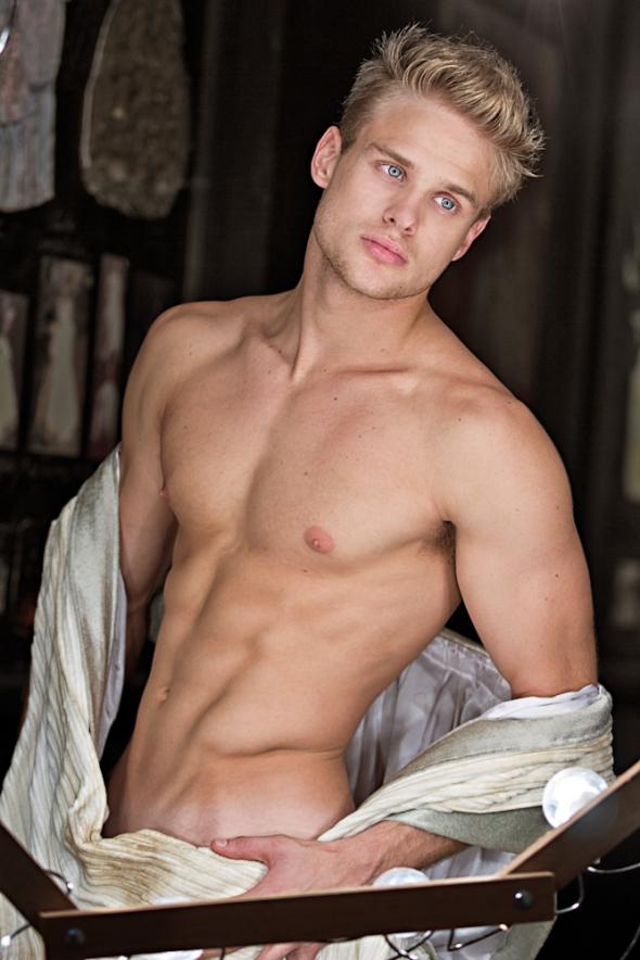 порно актеры каталог мужчины блондины быстро