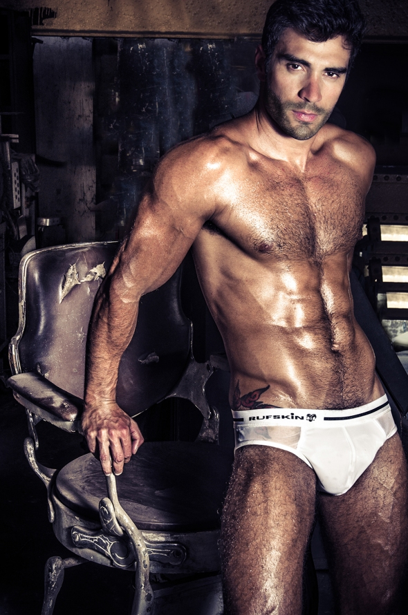 Rodiney Santiago @ DNA #159 by Leo Castro 08