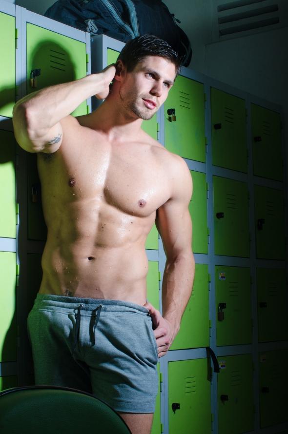 Jonas Sulzbach @ GLAD #8 by Leo Castro 11