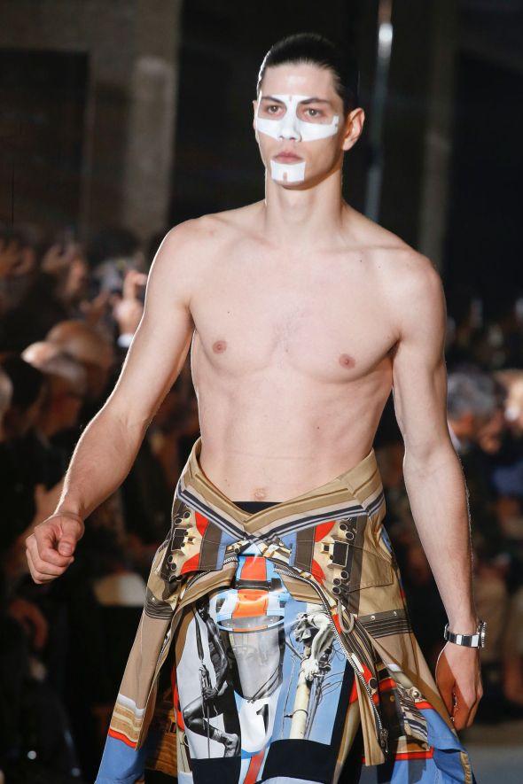 Givenchy @ Paris SS14 01