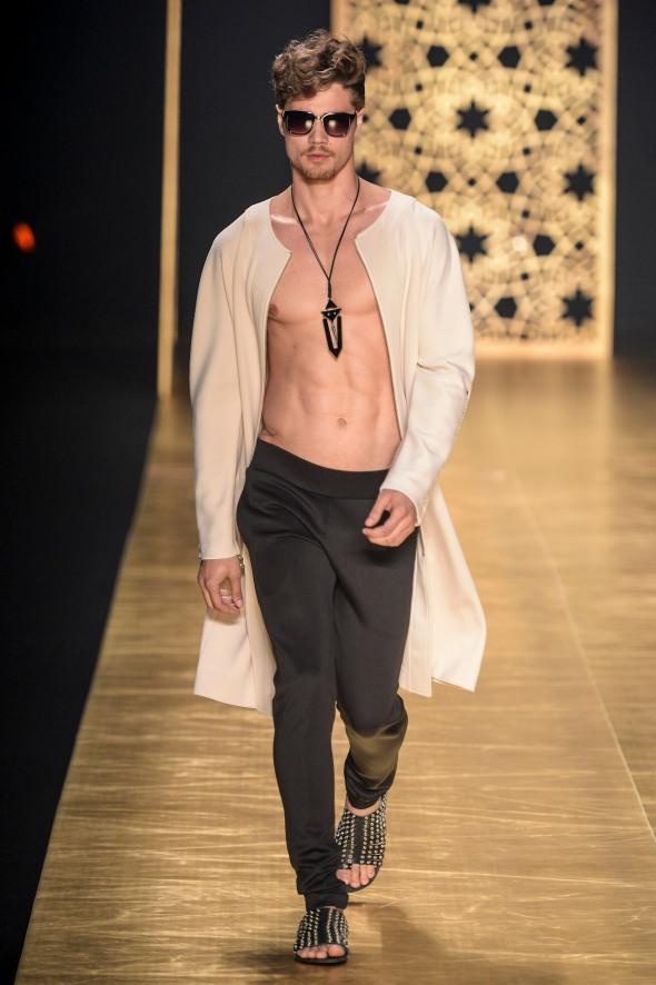 Victor Dzenk @ Fashion Rio FW14 02
