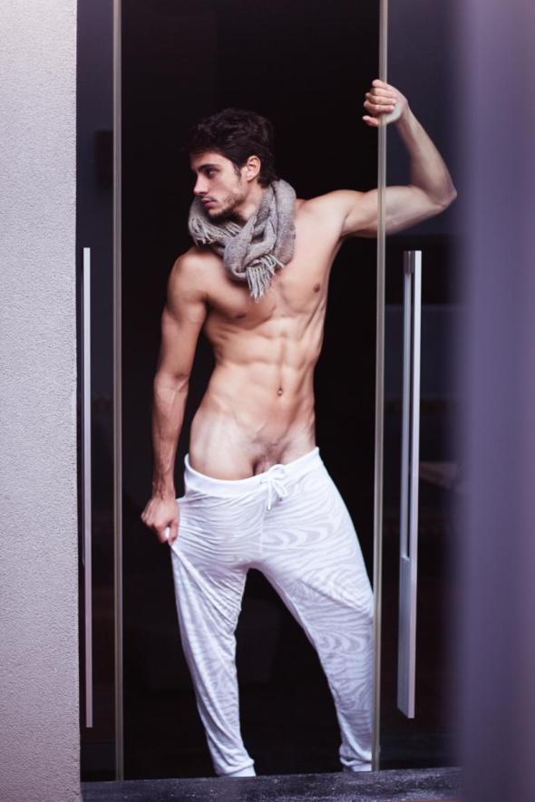 Victor Gaspar by Henrique Cesar 01