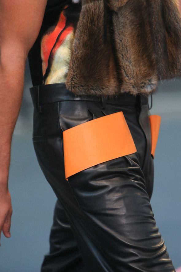 Givenchy @ Paris-Prêt-à-Porter FW14 04