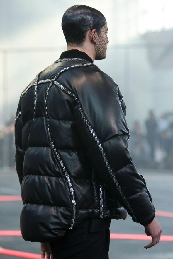 Givenchy @ Paris-Prêt-à-Porter FW14 06