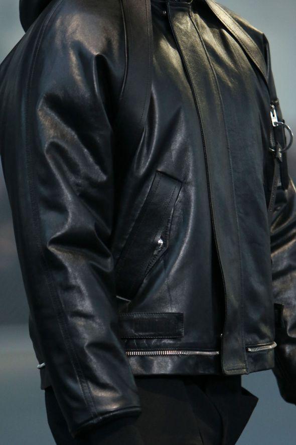 Givenchy @ Paris-Prêt-à-Porter FW14 08