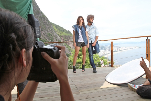 Marlon Teixeira + Bruna Marquezine @ Making of Coca-Cola Jeans 04