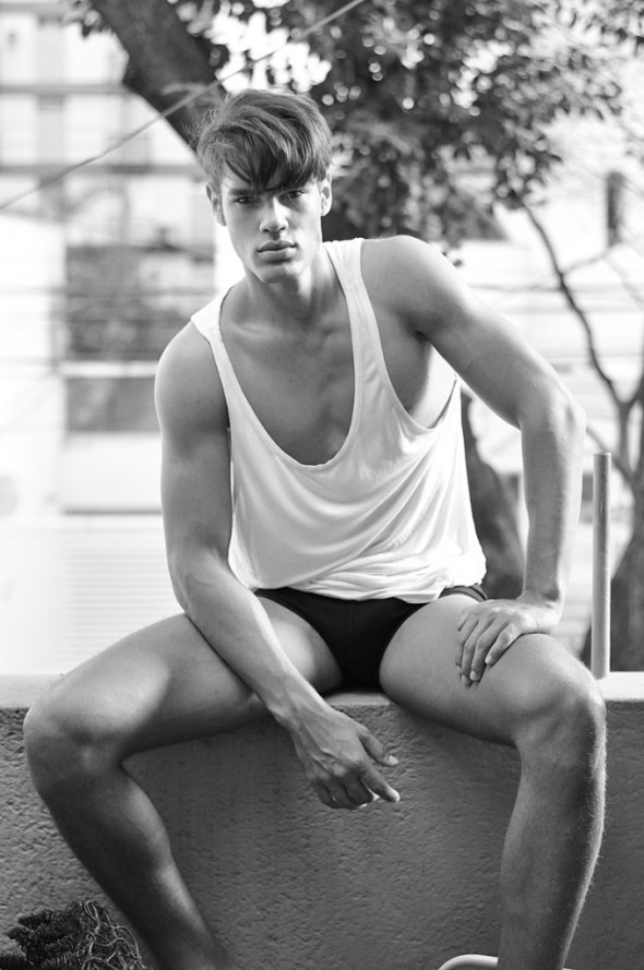 Lucas Loyola by Hudson Rennan 01