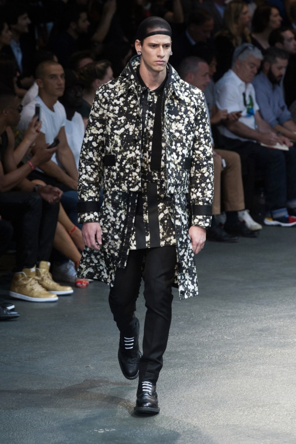 Alexandre Valotto  @ Givenchy SS15 Paris Prêt-à-Porter