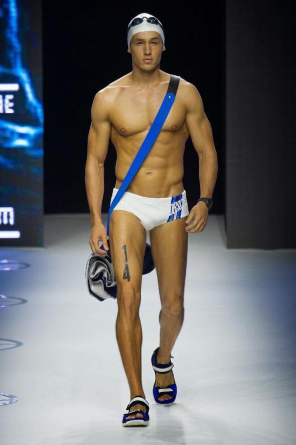 Bruno Endler @ Dirk Bikkembergs SS15 Milano Moda Uomo 02