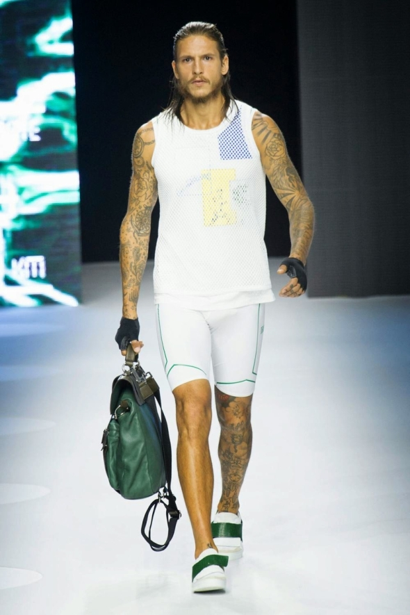 Filipe Chaves @ Dirk Bikkembergs SS15 Milano Moda Uomo