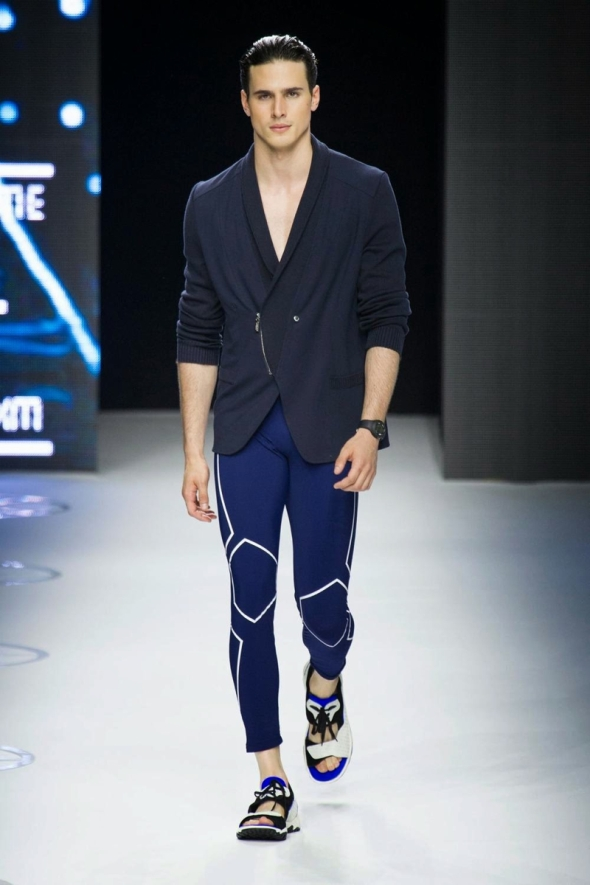 Lucas Pacheco @ Dirk Bikkembergs SS15 Milano Moda Uomo 01